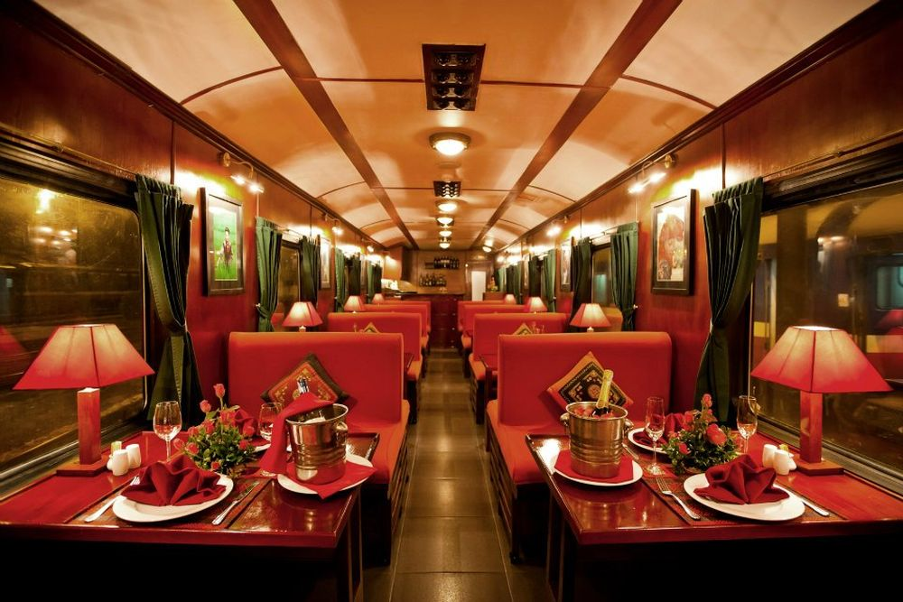 Restaurant, Victoria Express Train, Vietnam Reisen